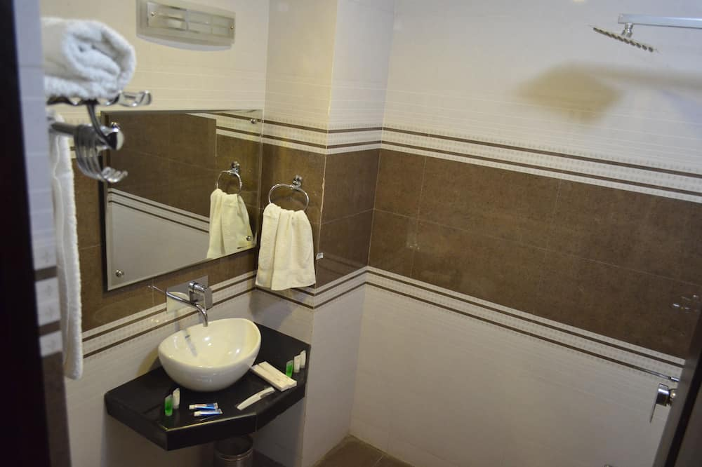豪华双人房, 1 张特大床, 无障碍 - 浴室便利设施