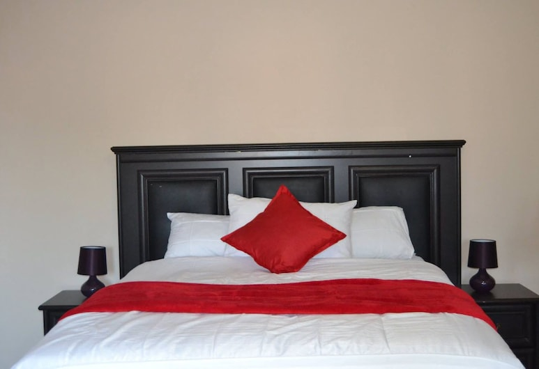 The Hive Guest House, Mankayane, Deluxe Double Room, 2 Double Beds, Guest Room