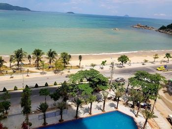 Introduce las fechas para ver los descuentos de hoteles en Nha Trang
