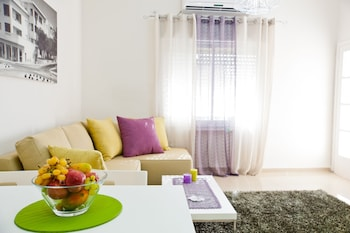 A(z) Eshkol Housing Executive Apartments hotel fényképe itt: Haifa