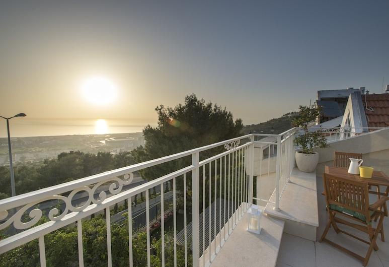 Eshkol Housing Haifa -Luxury Sea View Villa, Haifa