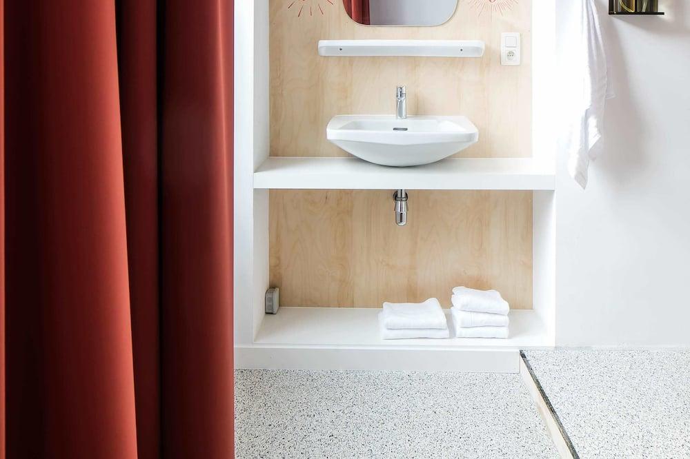 ห้องอีโคโนมีดับเบิล - ห้องน้ำ
