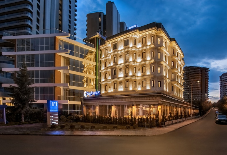 TRYP by Wyndham Ankara Oran, Анкара, Фасад готелю (вечір/ніч)