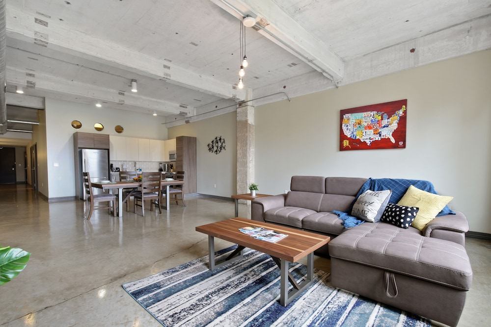 downtown dallas apartments by hosteeva dallas united states of