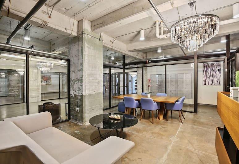 Downtown Dallas Apartments by Hosteeva, Dallas, Zitruimte lobby