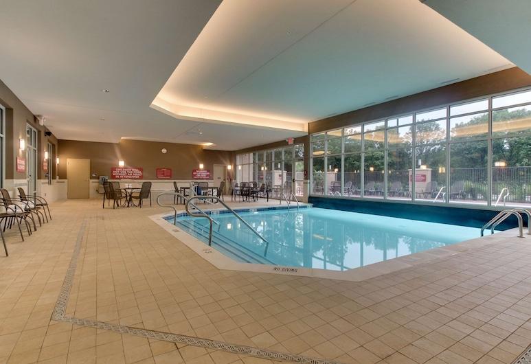里奇蒙德杜爾裡廣場酒店, 格蘭艾倫, 泳池