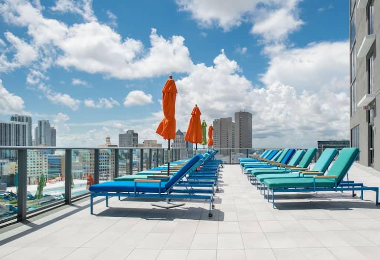 The Guild Downtown | X Miami, Miami, Güneşlenme Verandası