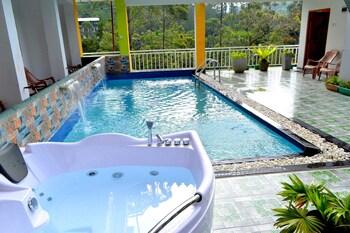 Picture of Grand Adam's Peak Cabana Suite in Hatton