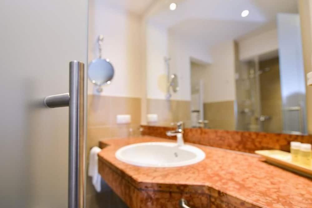 Vienvietis kambarys su patogumais - Vonios kambarys