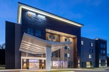 Fotografia hotela (La Quinta Inn & Suites by Wyndham Greensboro Arpt High Point) v meste Greensboro