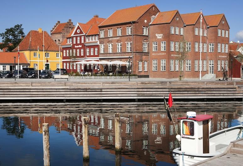 Tornøes Hotel, Kerteminde, Property Grounds