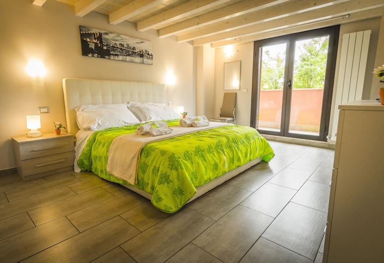 現代閣樓公寓酒店, 羅馬, 豪華樓中樓客房, 露台, 客房