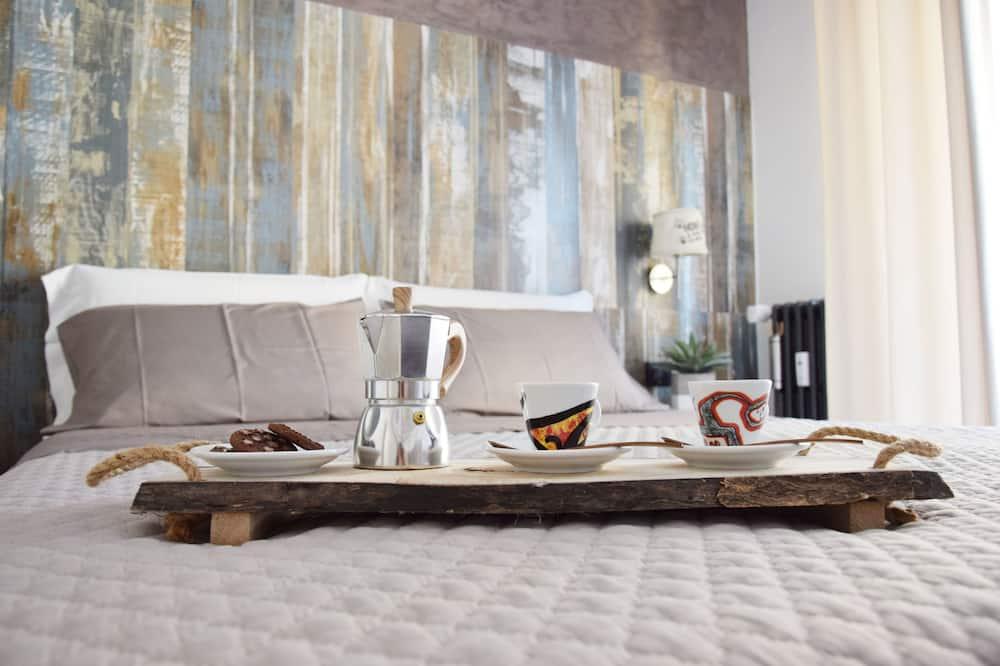 Išskirtinio dizaino dvivietis kambarys, 1 didelė dvigulė lova, Nerūkantiesiems - Svečių kambarys