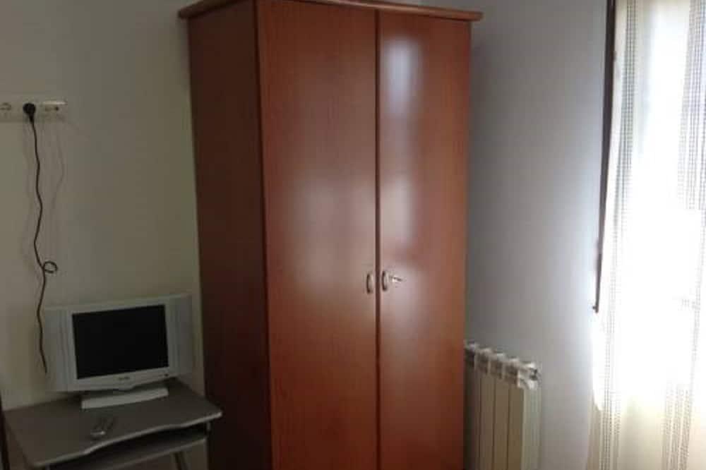 Двухместный номер с 1 двуспальной кроватью, 1 двуспальная кровать «Квин-сайз» - Номер