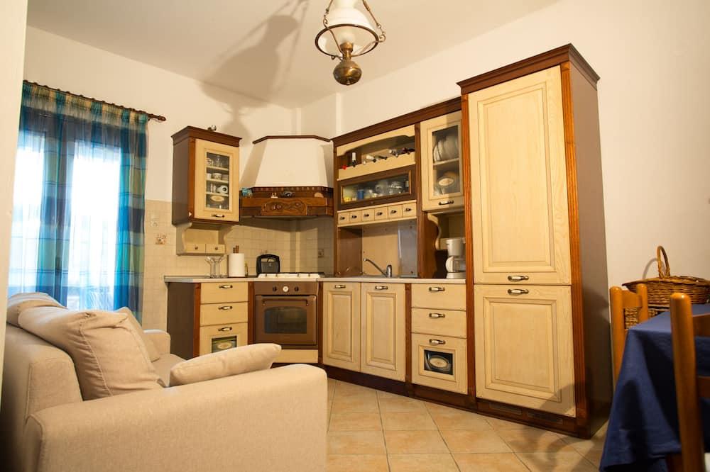 Apartamentai, 1 standartinė dvigulė lova ir 1 sofa-lova - Svetainės zona
