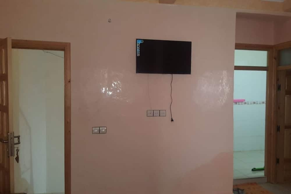Family House, 1 Bedroom, Kitchen, Courtyard View - Living Area