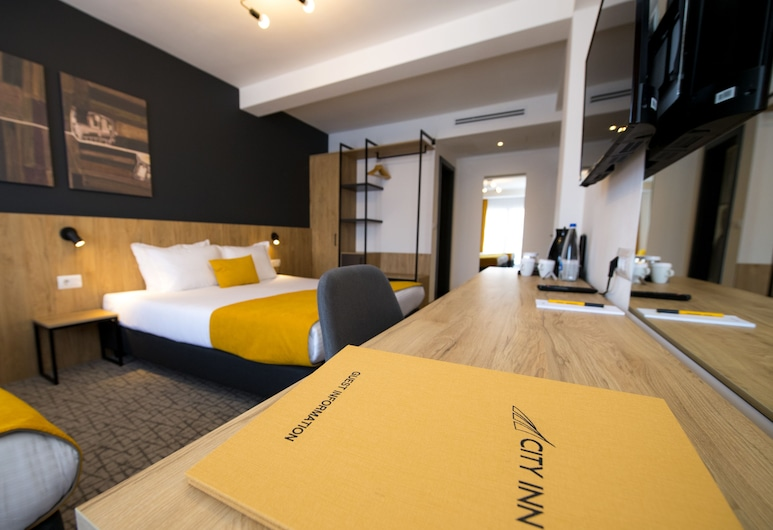 City Inn, Pristina, Deluxe Room, 1 Bedroom, City View, Guest Room