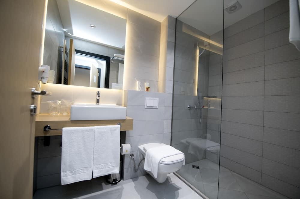 Deluxe Room, 1 Bedroom, City View - Bathroom