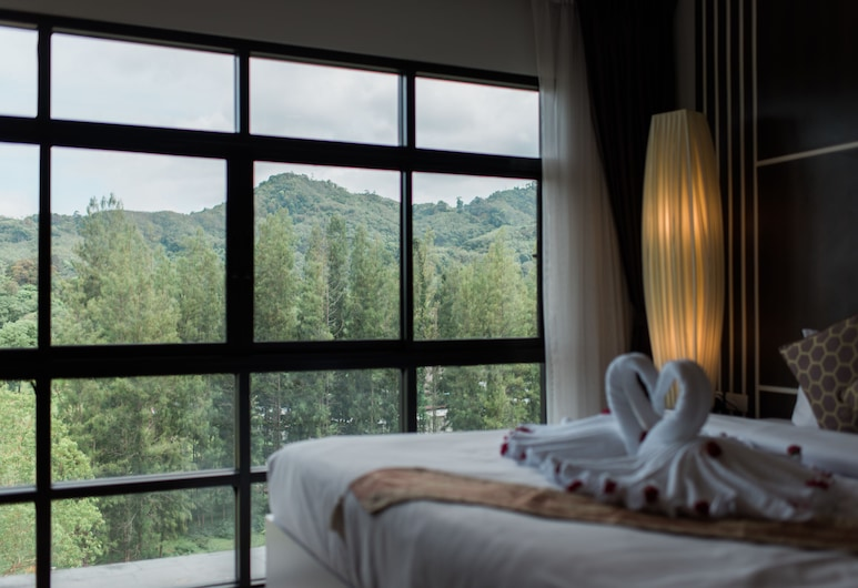 나이스 방타오 비치, Choeng Thale, 주니어 스위트, 산 전망