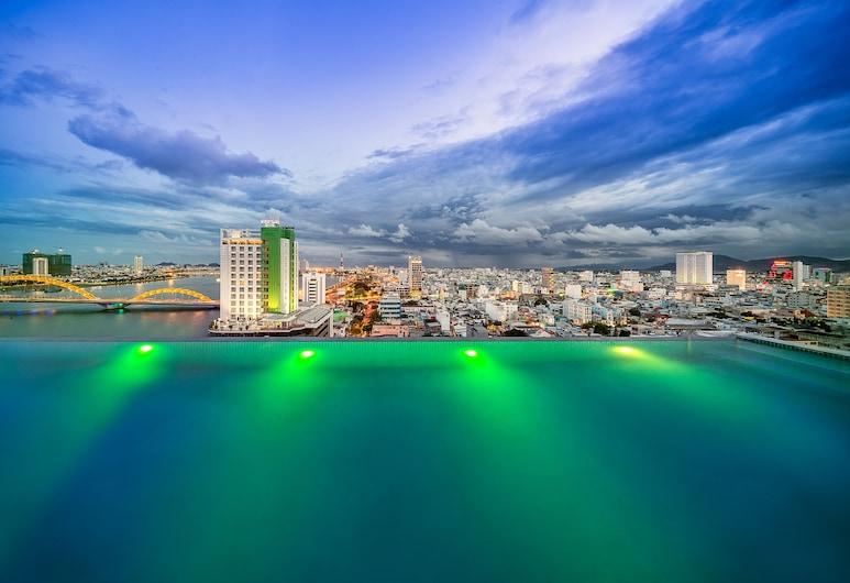 太陽谷酒店, 峴港, 無邊際泳池