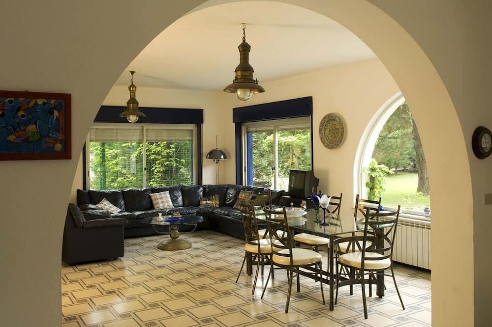 Villa, 5 magamistoaga, privaatbasseiniga - Lõõgastumisala