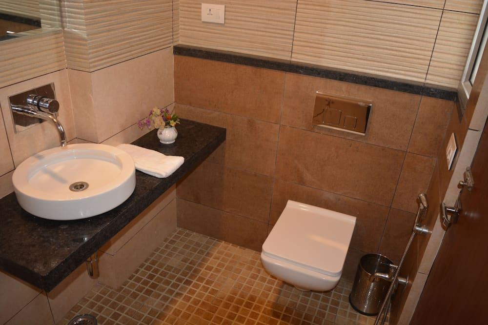 Premium Δωμάτιο, 1 King Κρεβάτι, Μη Καπνιστών - Μπάνιο