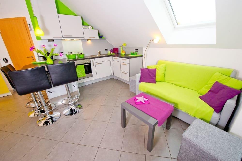 Deluxe Condo (Soleil) - Living Area