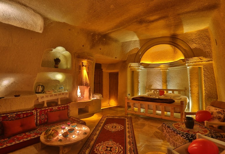 Ab-u Hayat Cave Suites, Urgup, Deluxe-værelse, Værelse