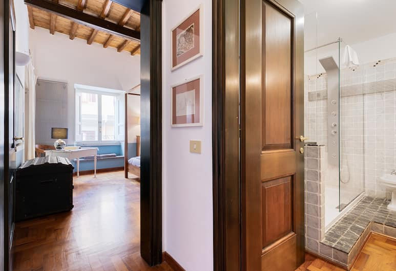 Rome as you feel - Teatro Pace Apartment, Rome, Apartment, 2 Bedrooms, Room
