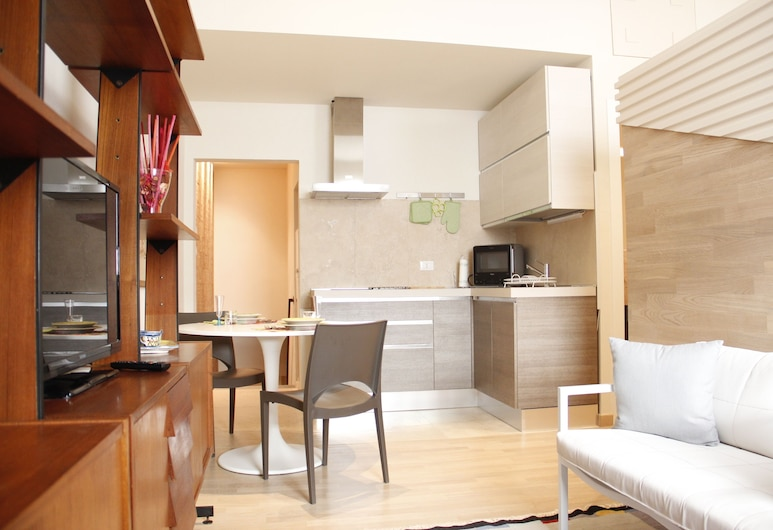 Art Apartment Porta a Prato, Florence, Apartment, 1 Bedroom, Living Area