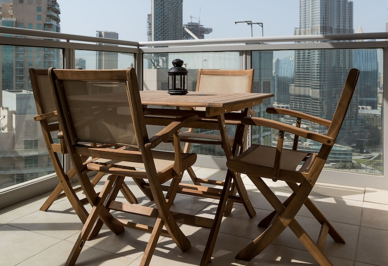 HiGuests Vacation Homes - Residences 5, Dubai, Exclusive Apartment, 2 Bedrooms, Balcony