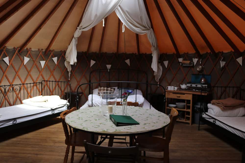 Large Woodland Yurt - Living Area
