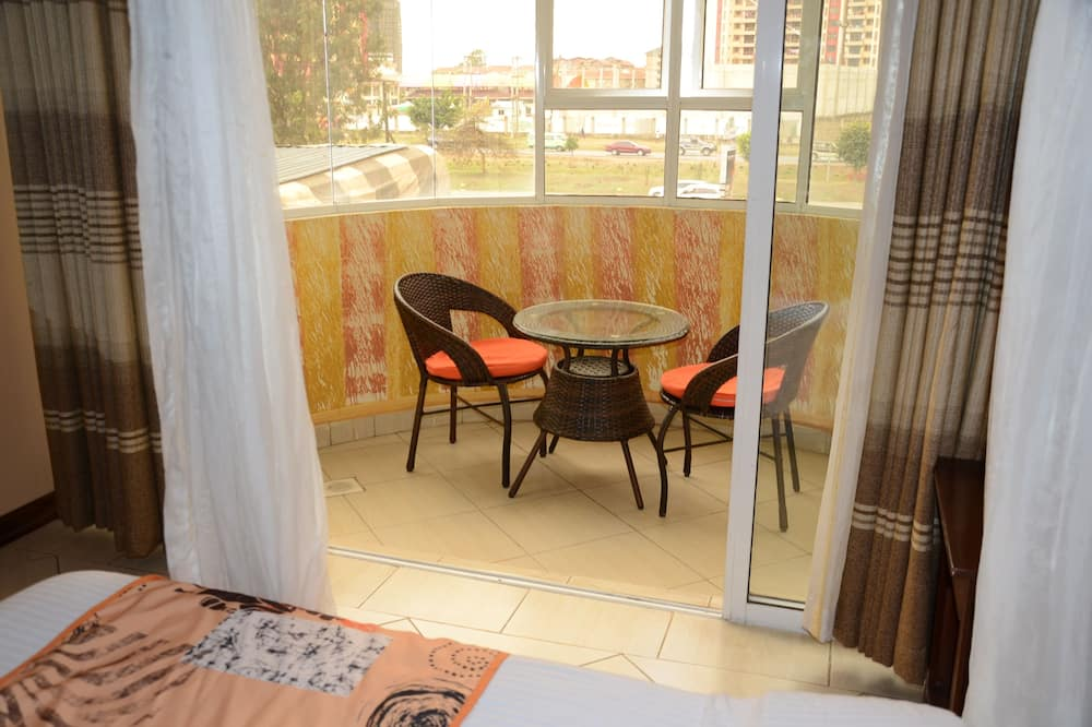 Double or Twin Room - Balcony View