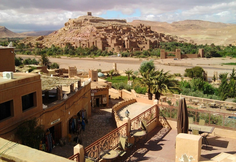 House With 5 Bedrooms in Aït Ben Haddou, With Wonderful Mountain View, Furnished Garden and Wifi - 300 km From the Slopes, Ait Benhaddou, Vista a la ciudad