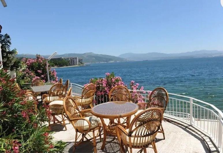 Serdivan Konak Otel Narli Tesisleri, Gemlik, Courtyard