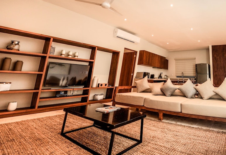كي تولوم, تولوم, شقة سوبيريور - غرفتا نوم (1 King Bed, 2 Queen Beds, 1 Sofa Bed), منطقة المعيشة