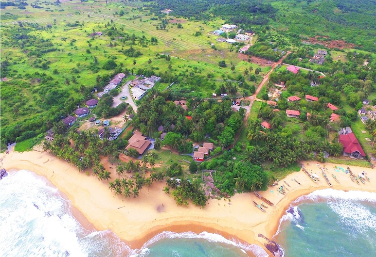 Twitter Paradise Guest House, Elmina, Aerial View