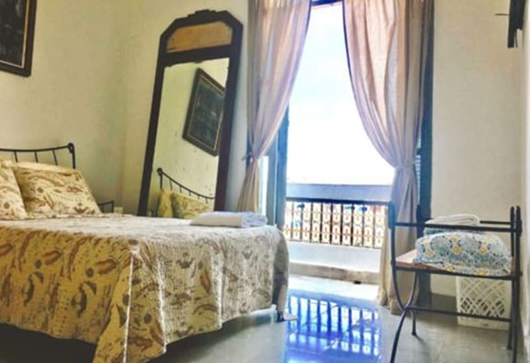 Entire flat in Havana Vieja, הוואנה, דירת סטנדרט, 2 מיטות קווין, ללא עישון, חדר אורחים