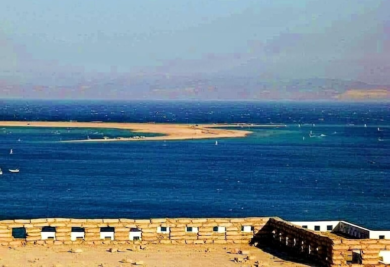 Lagoon Bay View Dahab Villa, St. Catherine, Comfort Villa, 3 Bedrooms, Beach/Ocean View