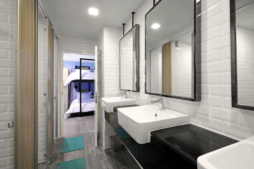 Family Room - 8 beds (2 Bathrooms) - Vonios kambarys