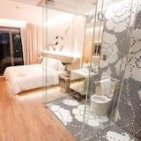 Chambre « Premier », 1 très grand lit - Salle de bain