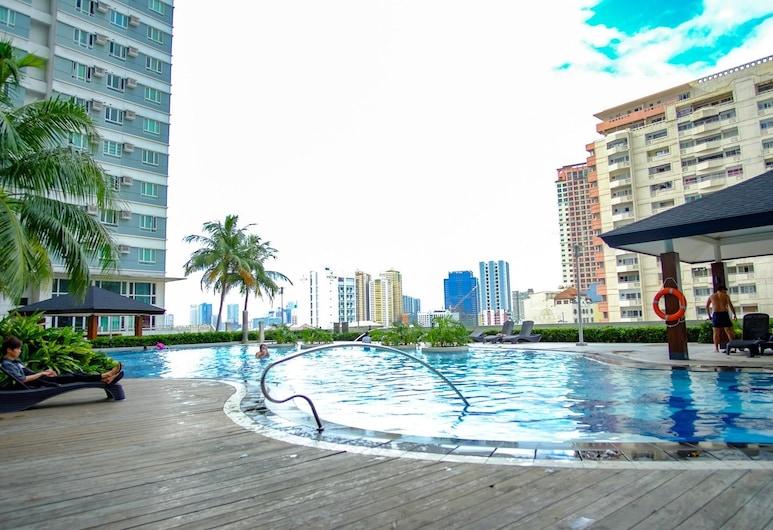 The Beacon 2 by Good Rent, Makati, Hồ bơi ngoài trời