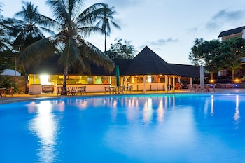 Picture of Travellers Beach Hotel & Club in Mombasa