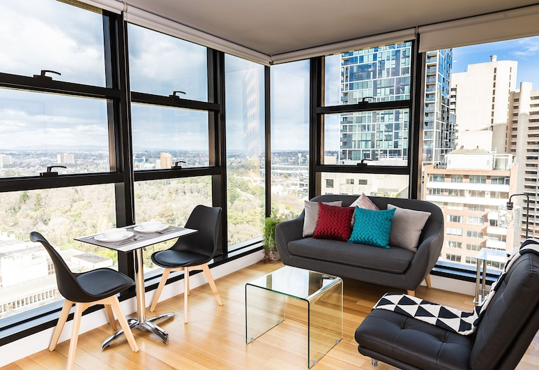 Executive Stay on Little Collins, Melbourne, Premium Apartment, 1 Bedroom, Non Smoking, Living Room