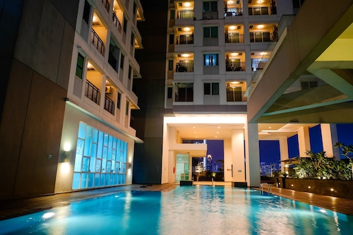 Book Apartment Thamrin Executive Residence Near Grand Indonesia In Jakarta Hotels Com