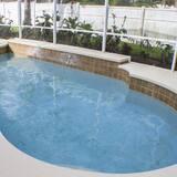 Ip60375 - Rolling Hills Estates - 4 Bed 3 Baths Villa