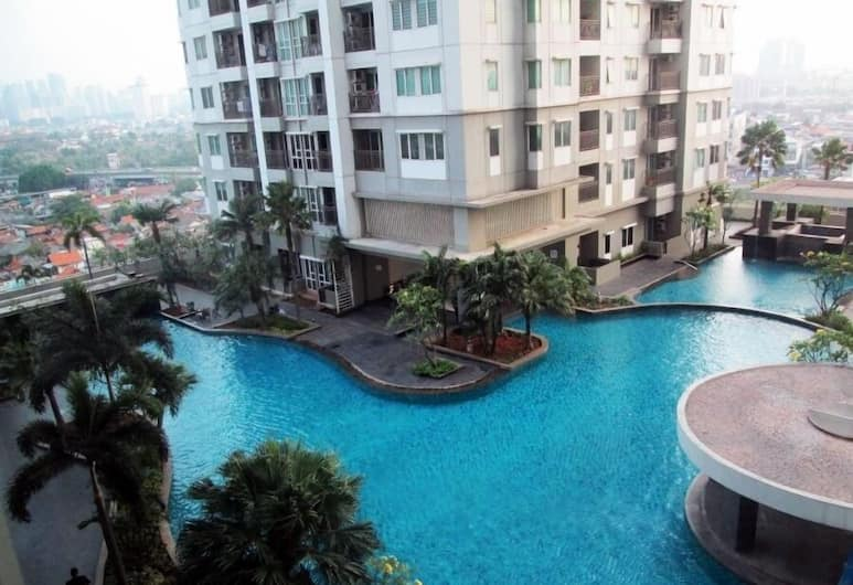 Cozy and Spacious Apartment at Thamrin Residence near to Sudirman, Jakarta, Bagian luar