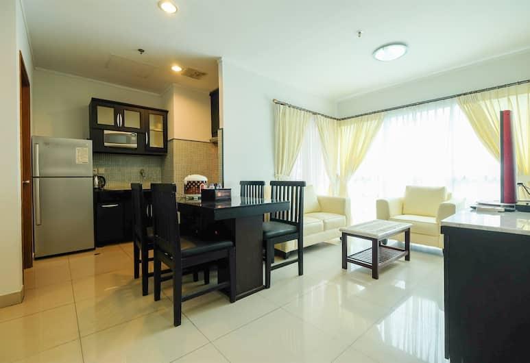 Exclusive Apartment @ Sahid Sudirman Residence near Shopping Mall, Jakarta
