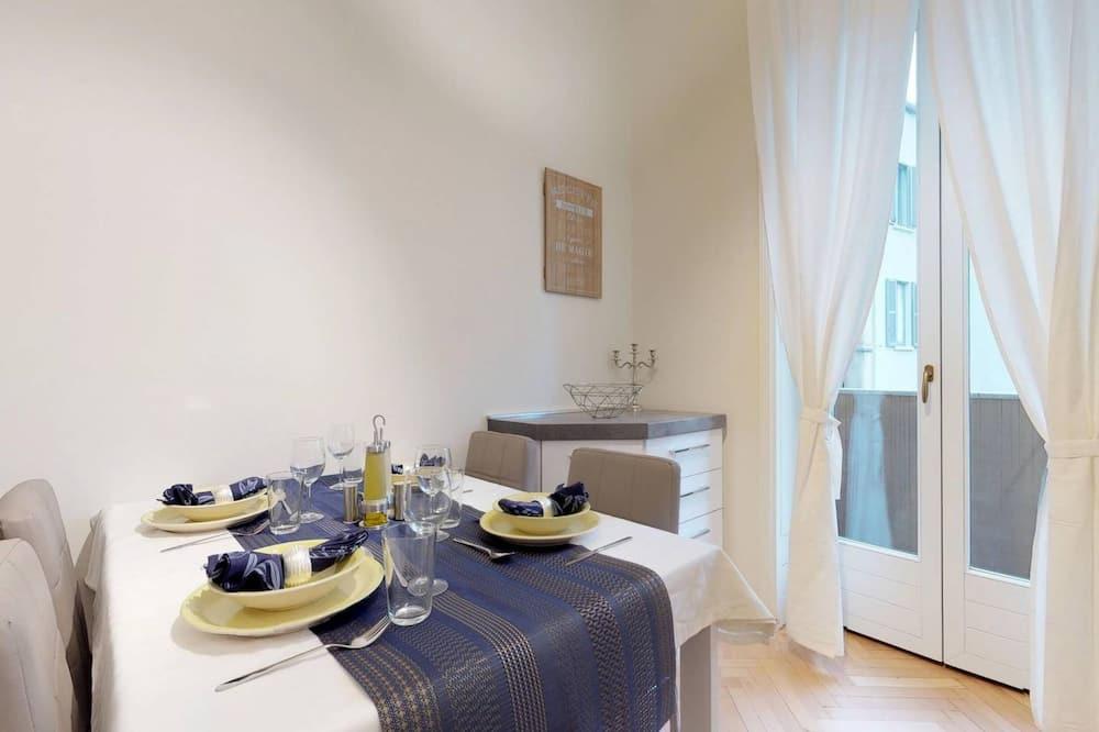 Luksushuoneisto, 2 makuuhuonetta - Ruokailu omassa huoneessa