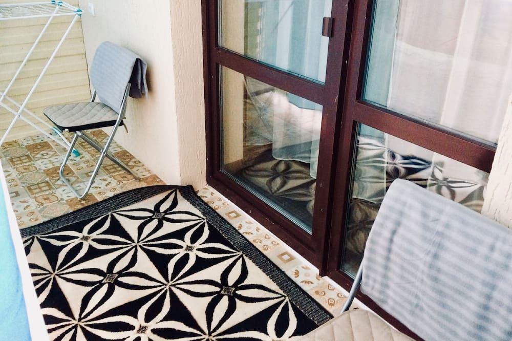 Apartment (Belinskogo street 30) - Balkon